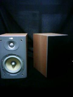 スピーカー B&W DM600 S3
